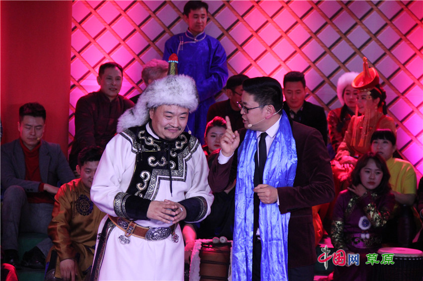 通辽举办农牧民春节联欢晚会:春晚办在嘎查村 舞台交给农牧民图片
